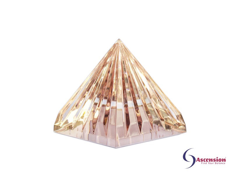 Geënergetiseerde roze piramide van Ascension