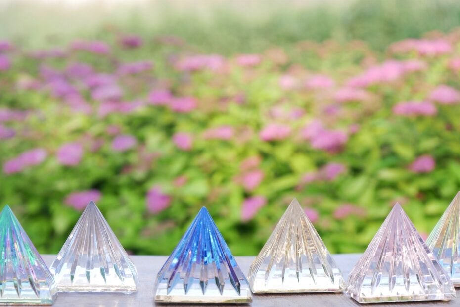Ascension piramides light of knowledge