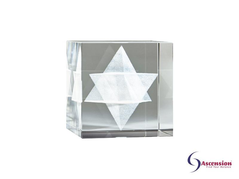 Merkaba cube ascension een geënergetiseerde glazen kubus met gelazerde MerKaBa erin