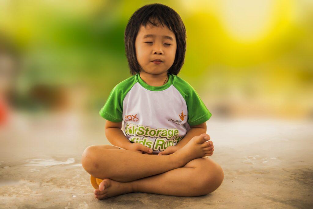 halve lotus meditatie
